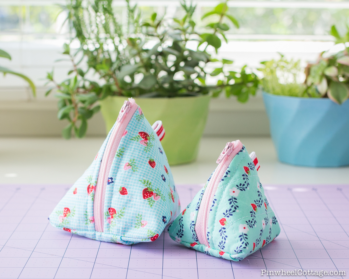 How To Sew A Triangle Zipper Bag Pyramid Pouch Sewing
