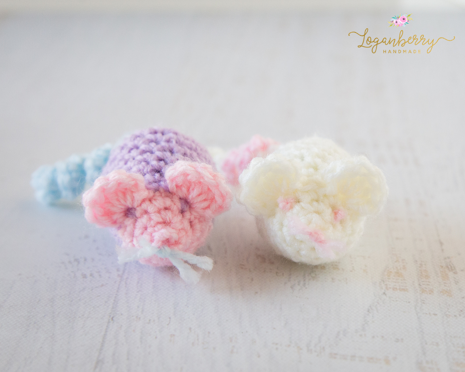 Knit or Crochet Mouse Catnip Toy for Cats Pattern — KRISTIN ... | 1278x1598